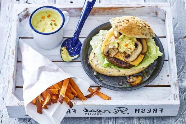 Dutch cheeseburger with sweet potato fries