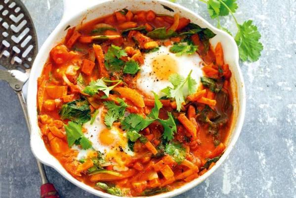 oriental shakshuka with sweet potato and spinach