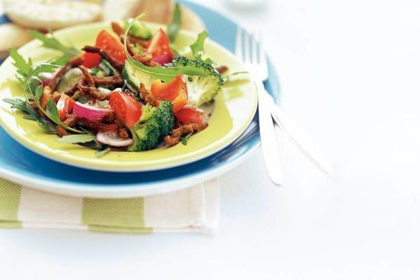 shoarma salad with steam vegetables