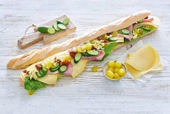 baguette healthy xl with farm cheese