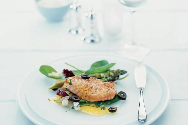 salmon tenderloin with creamy orange sauce