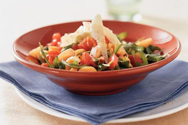 rotelle with lukewarm tomato salad