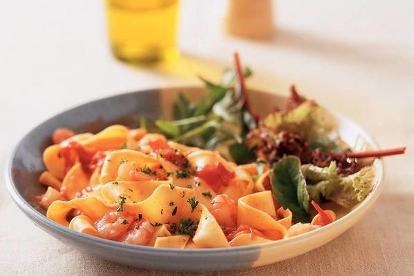 pappardelle with tiger prawns and vodka sauce