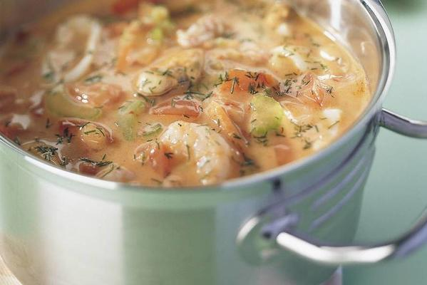 fish soup with spicy baguette