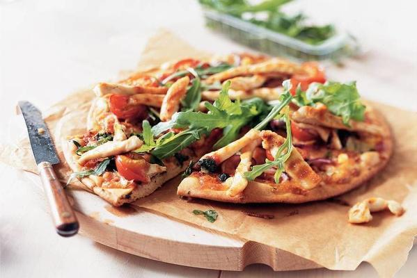 pizza with grilled chicken