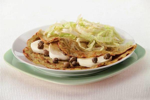 pesto pancake with mozzarella