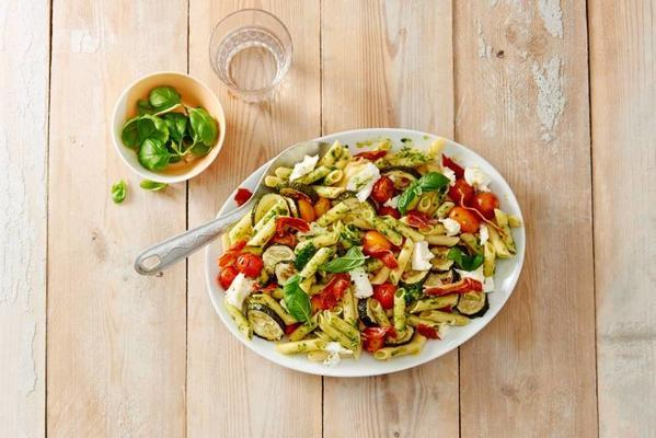 colorful gluten-free pepper salad