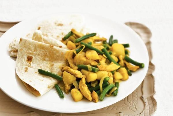 wraps with curry chicken