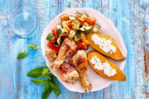 puffed sweet potato with chicken drumsticks