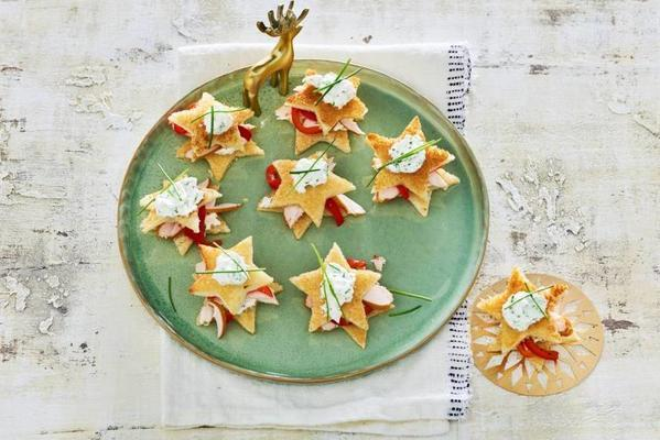 toast stars with chive cream and smoked chicken