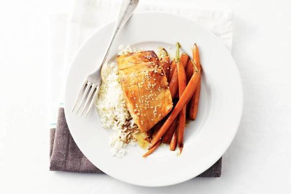 salmon in soy-honey sauce
