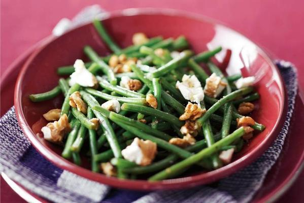 green beans with goat's cheese