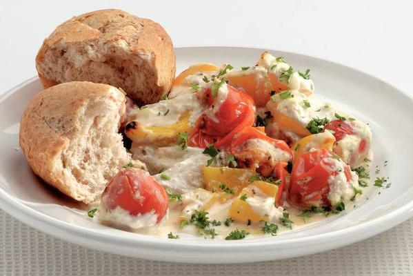 fish in garlic sauce with tomatoes