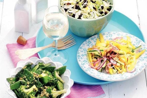 broccoli-leguminous salad