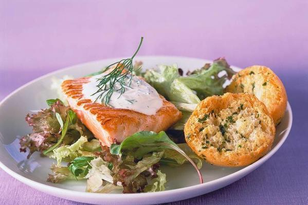 baked salmon with white-wine sauce