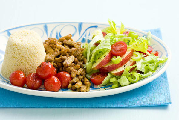 couscous with shoarma meat and salad
