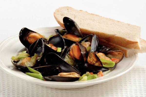 mussels with lemon cream