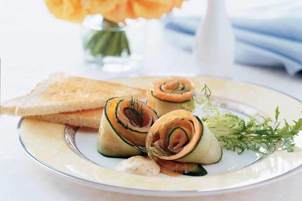 salmon-cucumber roses with creamy orange sauce