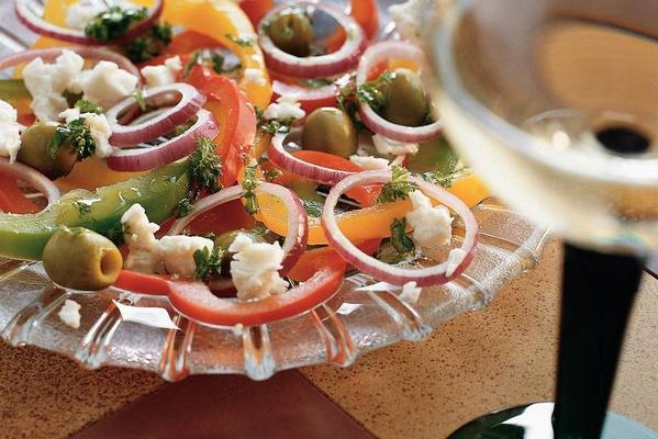 paprika salad with white cheese cubes