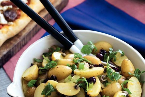 potato salad with arugula and olives
