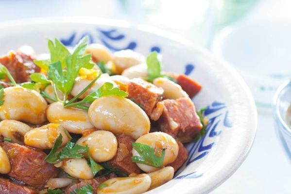 Spanish bean salad