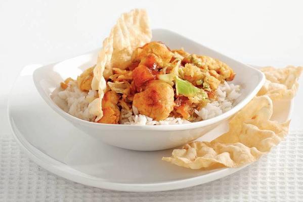 stir-fry chicken with coconut rice and mango chutney