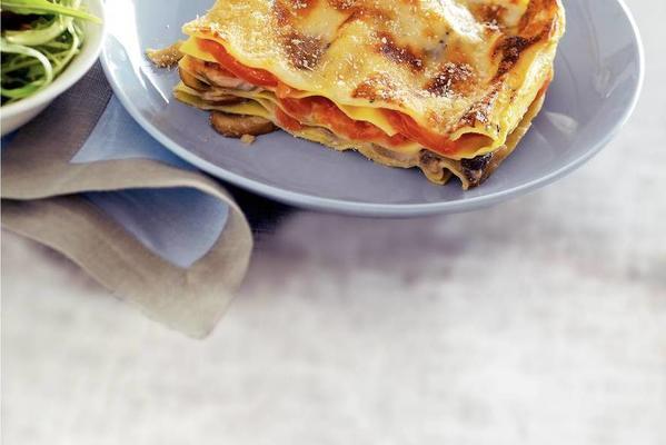 lasagna with mushrooms and gorgonzola