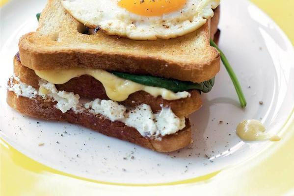 croque madame with spinach