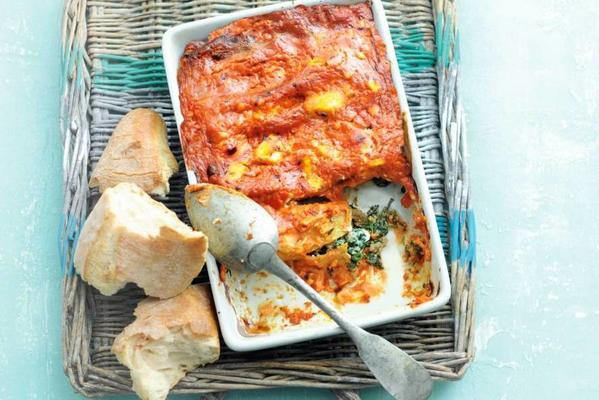 Canneloni with spinach and ricotta