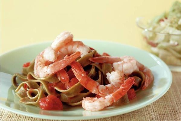 spicy tagliatelle with shrimps