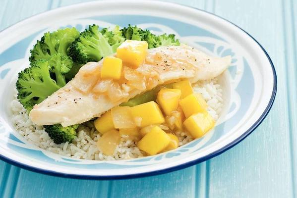 fish with mango-ginger sauce and broccoli