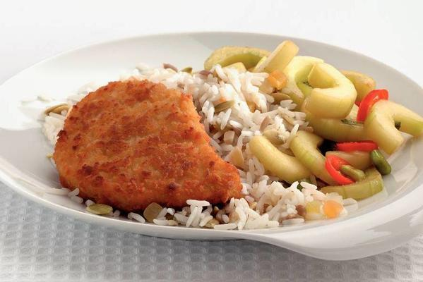 breaded fillet with oriental cucumber