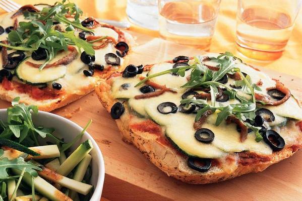 bread pizza with mozzarella