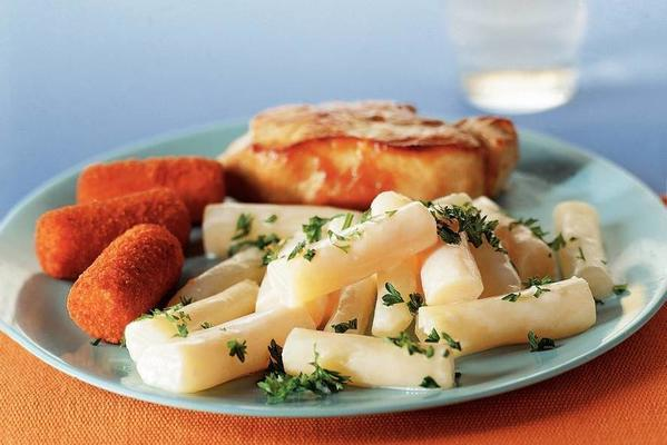 creamy salsify with pork fillet patties