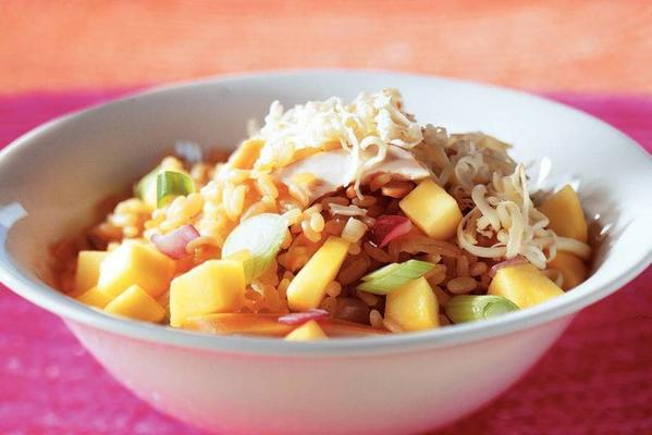 risotto rice with chicken and mango