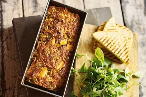 meatloaf with apple and paprika