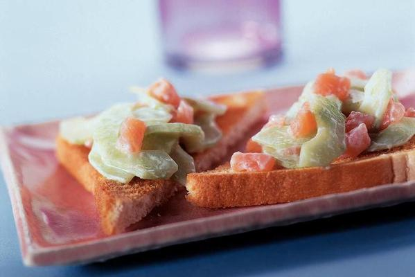 cucumber salmon salad
