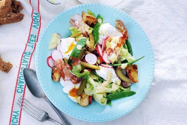 snow peas-radish salad with egg