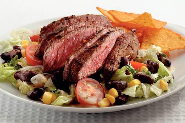 south american rump steak salad