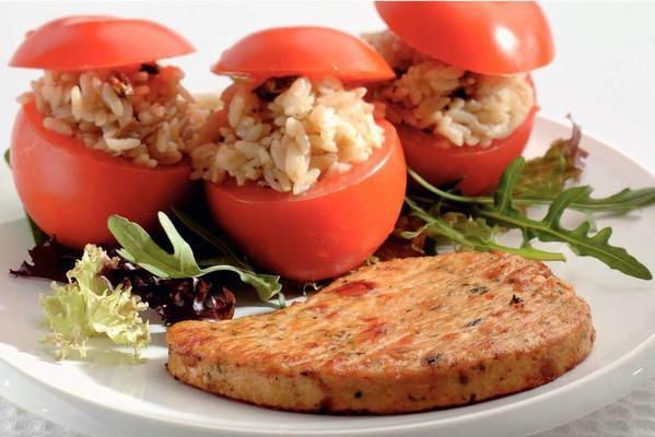 stuffed tomatoes with Mediterranean fillets