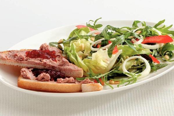 salad with cranberrypaté toast