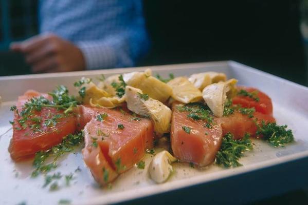 panini with tuna and marinated artichokes
