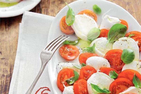 salad of mozzarella and tomato from campania
