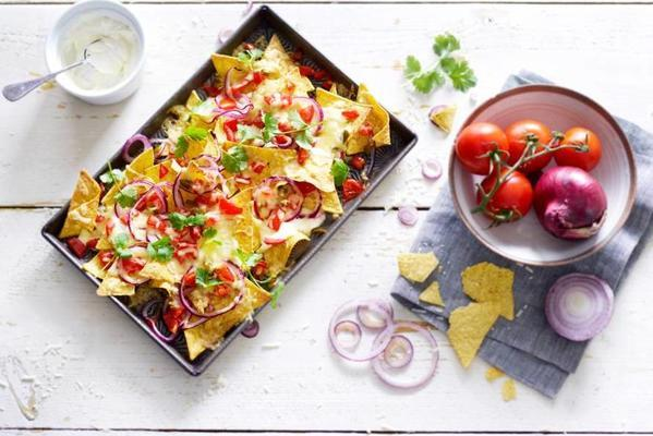 nachos with cheese and coriander