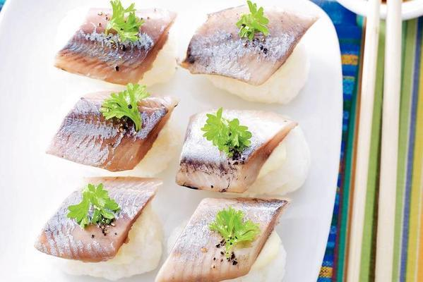 herring sushi