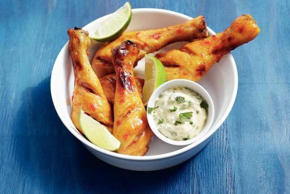 chicken drumsticks and cilantro mayo