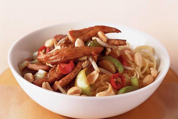 fast leek stir-fry dish
