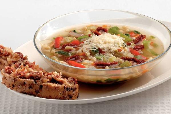 macaroni soup with tomato ciabatta