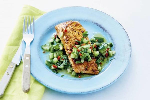 baked salmon with spicy salsa