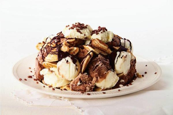 poffertjes ice cream cake